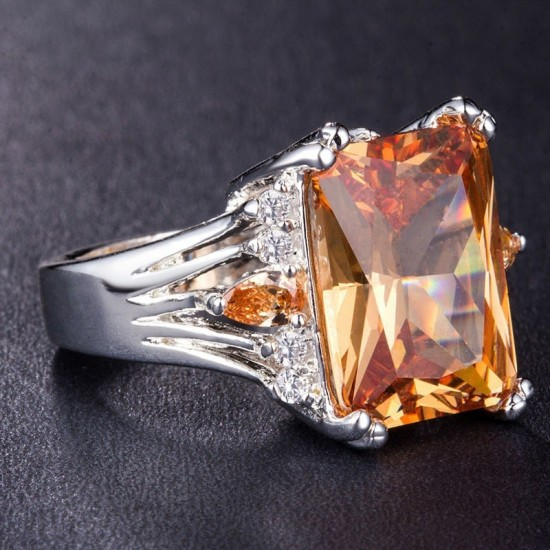 New Luxury Style Yellow Color Radiant Silver Party Ring