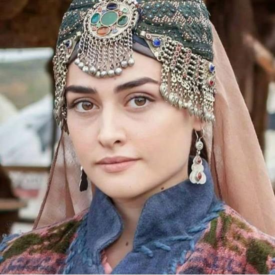 Haleema Sultan Best Desigin Matha Patti image